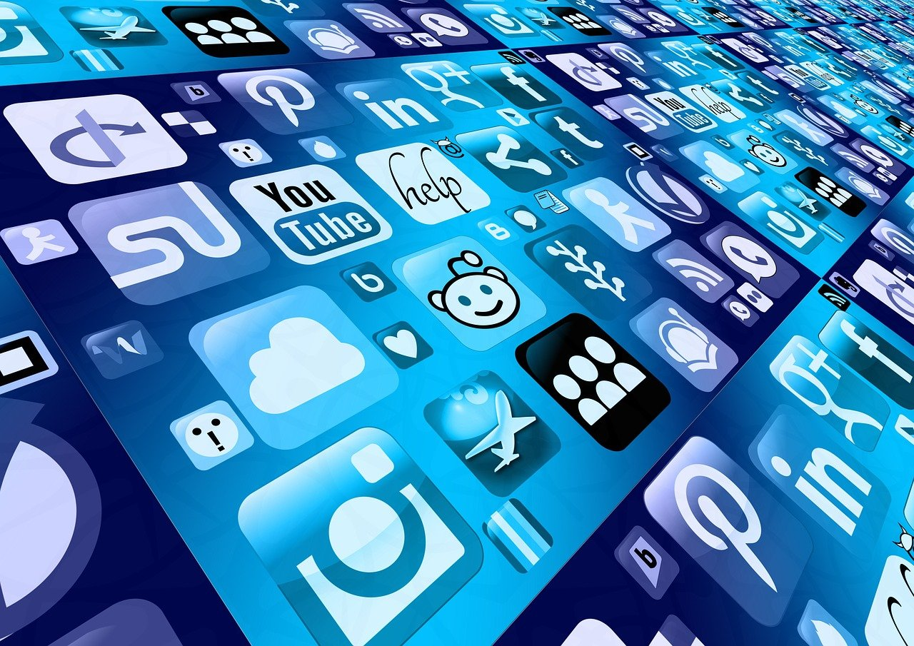 mobile phone, smartphone, app-1087845.jpg